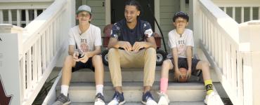 Random Fandom: We Spent a Fun, LONG Day with the ATX Trick Shots Team - Video